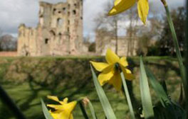 Explore the ruins of Ashby Castle