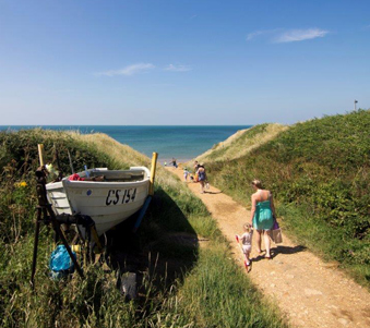 Find coastal breaks in England, UK