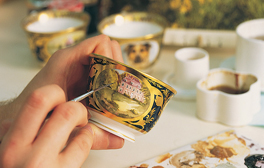 See how Fine China made at Royal Crown Derby