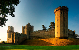 Discover the majestic Warwick Castle