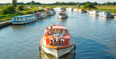 Boat Breaks in Norfolk