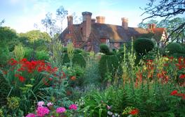 Great Dixter - East Sussex Peacock garden (c) VisitEngland