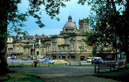 Embark on a tour around Harrogate by bike