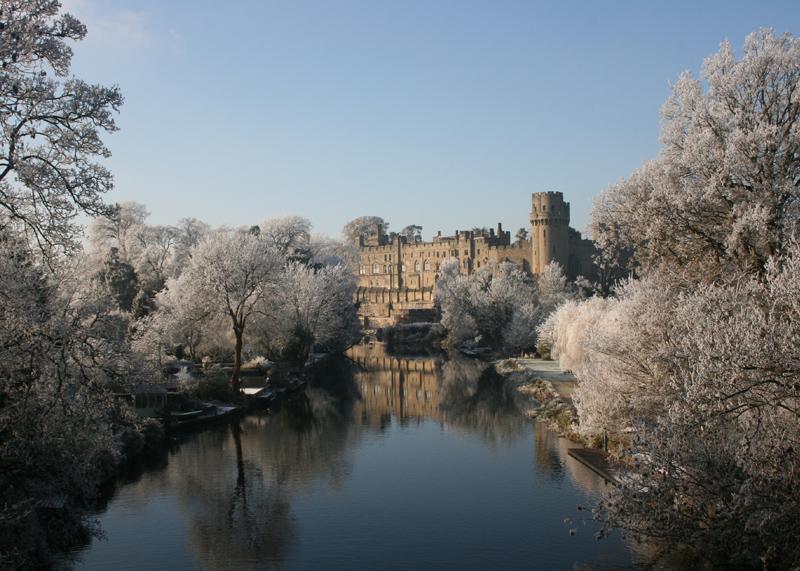 Warwick Castle snow
