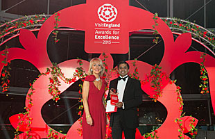 Hrishikesh Desai and Lady Cobham at VisitEngland Awards for Excellence 2015