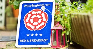 A VisitEngland B&B star rating sign (c) Alex Hare