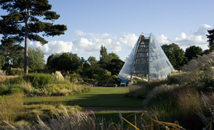 World Heritage Sites - Royal Botanical Gardens Kew