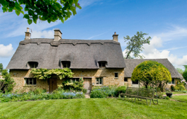 Enjoy afternoon tea in a thatched Cotswolds cottage