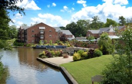 Stay at the award-winning Lion Quays Waterside Resort