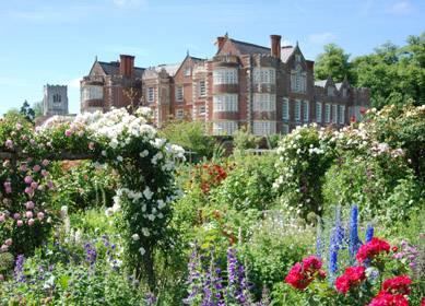 Burton Agnes Hall and Gardens - East Yorkshire (C) VisitEngland 389X280