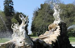 Cliveden - Buckinghamshire (Fountain of Love) (c)National Trust, Hannah Purcell 264x168