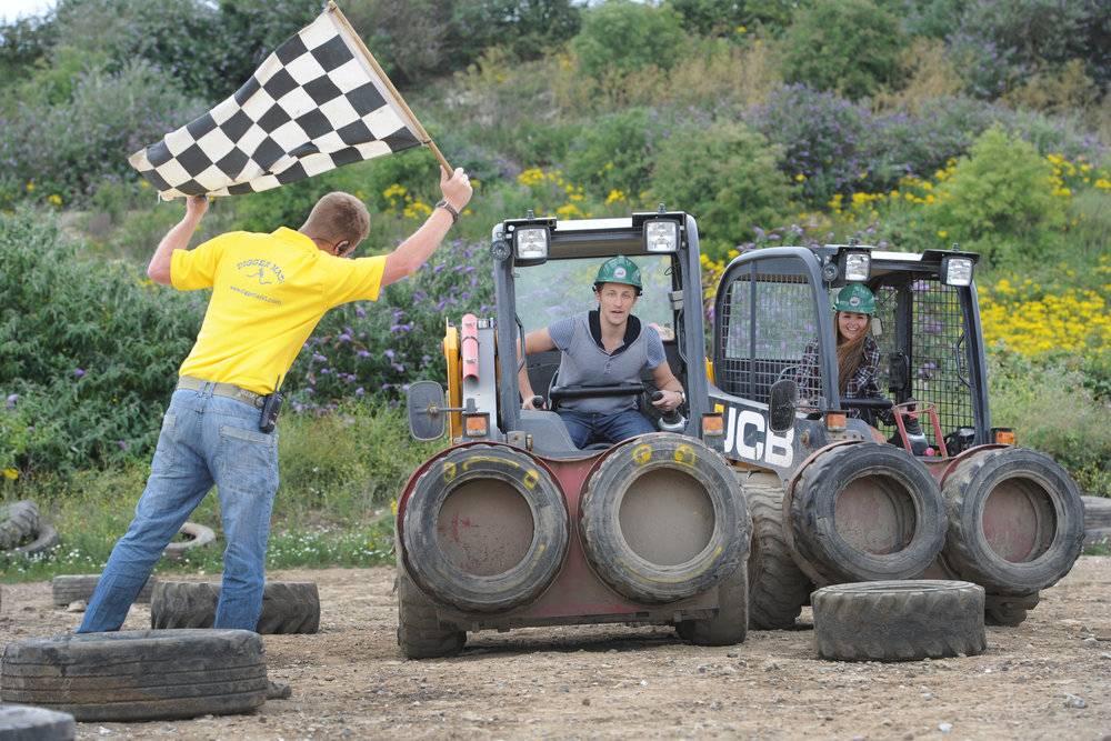 Diggerland Dumper Racing