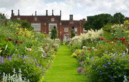 Helmingham Hall Gardens, Suffolk (c) VisitEngland