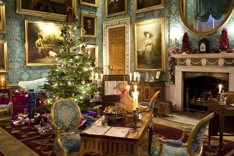 Christmas decorations add even more grandeur to Castle Howard's turquoise drawing room