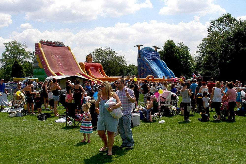 Oldham Carnival and ROOTZ Festival