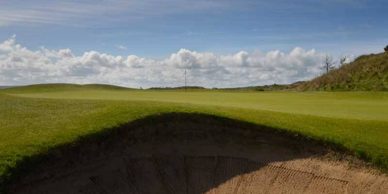 The 2nd green of Saunton West.