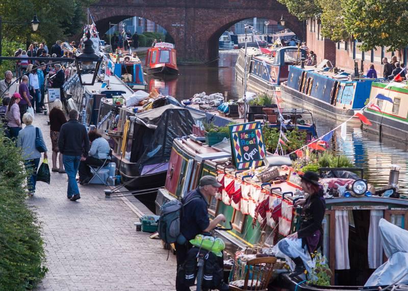 Birmingham Christmas Floating Market