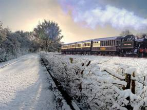 Chugging along in the snow ©Dartmouth Steam Railway and River Boat Company
