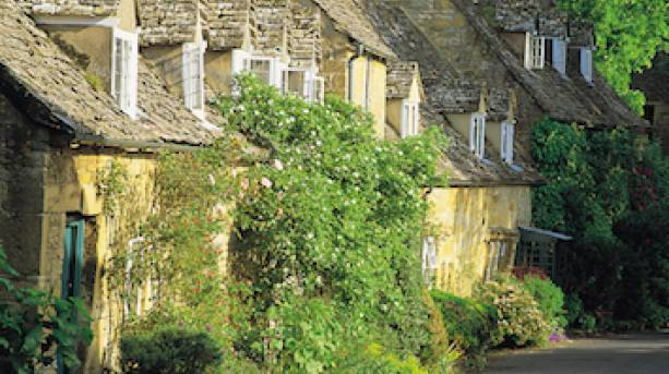 Idyllic Cotswold village along The Romantic Road