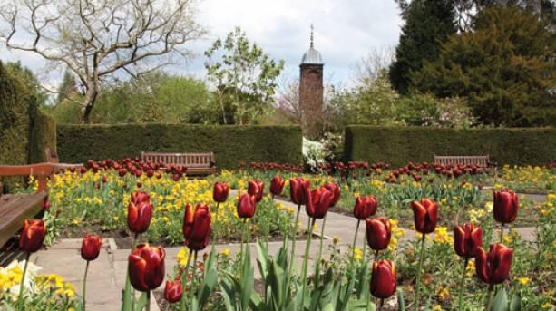 Family breaks at Walton Hall and Gardens   VisitEngland