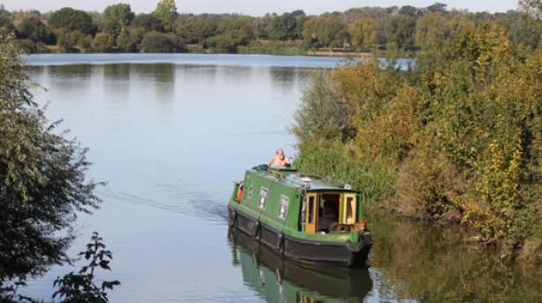 Overton Lake Boats and moorings