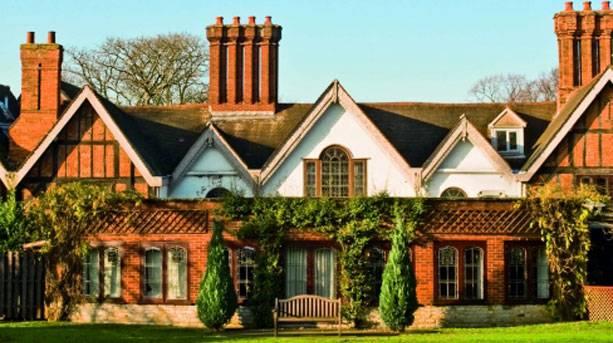 Alveston Manor Hotel