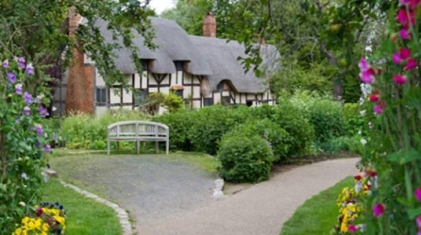 Anne Hathways Cottage and Gardens