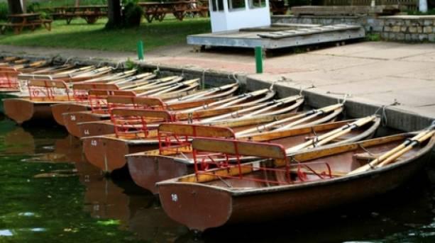 Avon boating