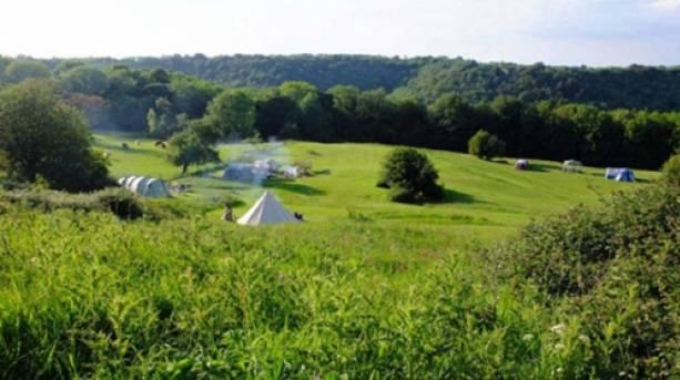 Tents at Thistledown