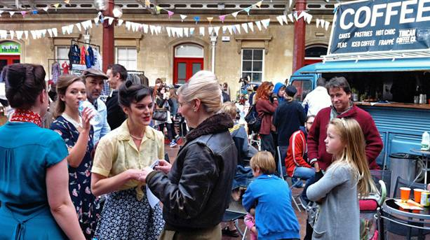 Explore Bath\'s antiques markets and vintage shops | VisitEngland