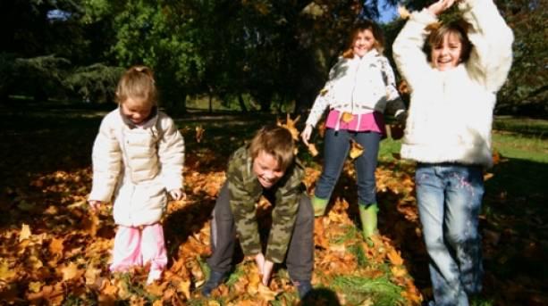 Children enjoying autumn at Batsford