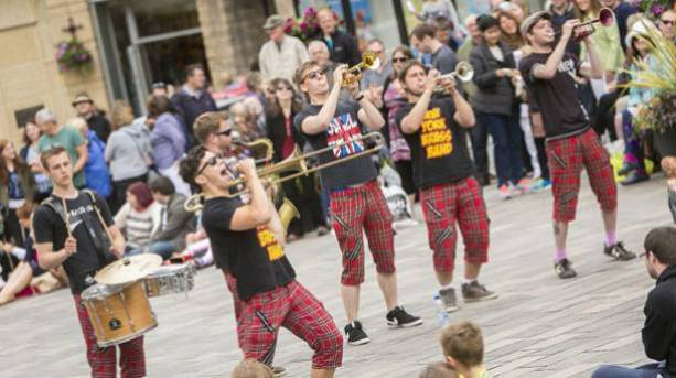 Outdoor performers at BRASS