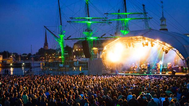 Big name acts perform by the Harbourside