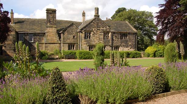 Oakwell Hall and Country Park