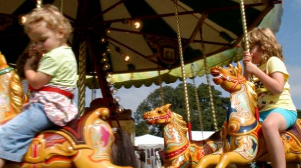 Old fashioned rides at Dorset's country fairs