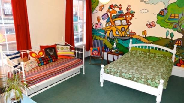 Igloo Hostel Bedroom