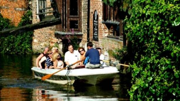 Sailing along on a river tour in Canterbury
