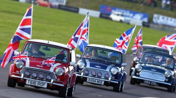 MiniWorld Action Day at Castle Combe