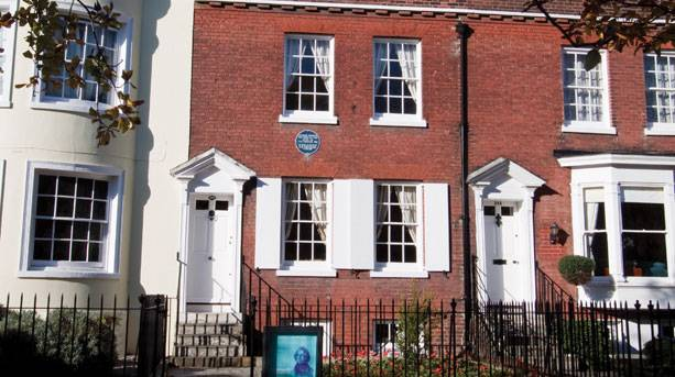 Dickens Birthplace Museum