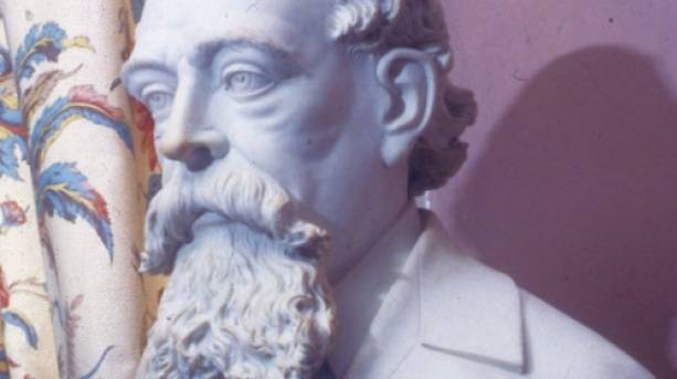 Bust of Charles Dickens