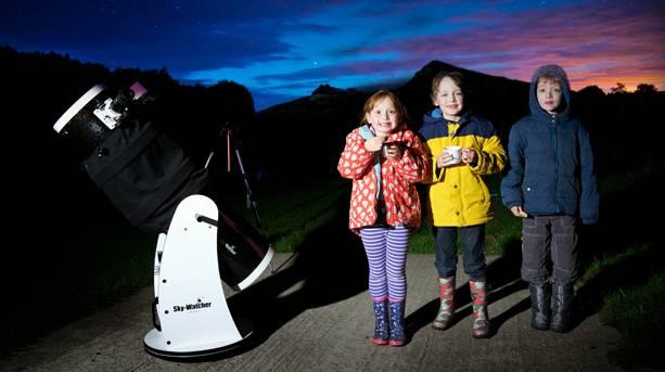 Children stargazing at Cawfields.