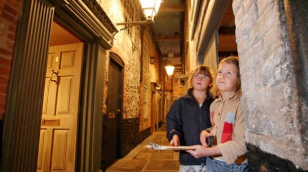 Children visiting the Time and Tide Museum of Great Yarmouth Life