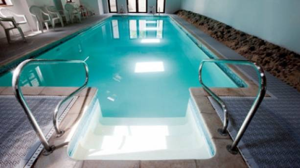 Swimming pool at Church Farm Country Cottages