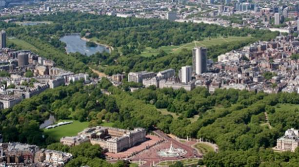 Buckingham Palace & Hyde Park from the Air