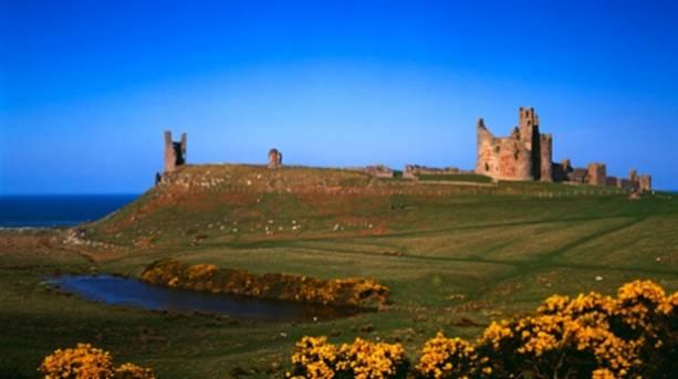 A sunny Dunstanburgh Castle, near Craster