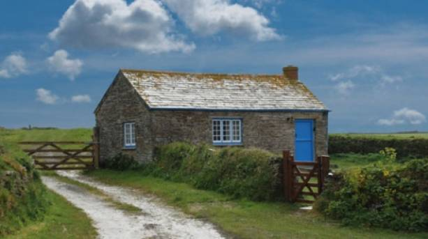 Excellent Coastal Escapes At Skippers Cabin In Cornwall Visitengland Interior Design Ideas Pimpapslepicentreinfo