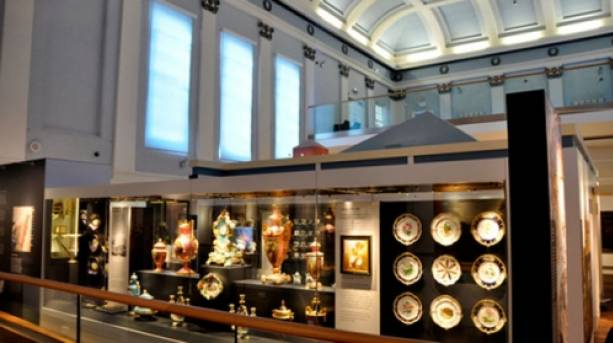 Ceramic Coalport and Caughley China displayed in the Shropshire Gallery