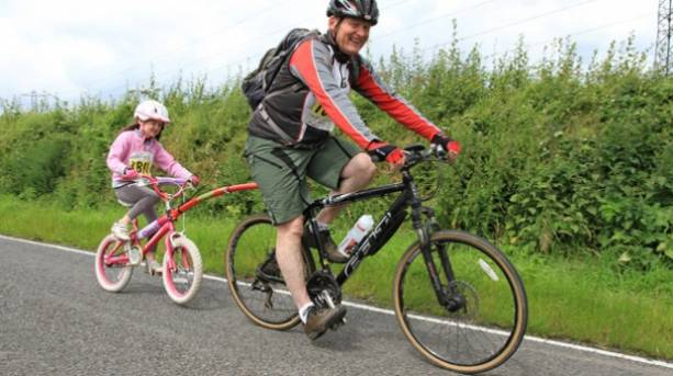 Father and child cycling in Nottinghamshire