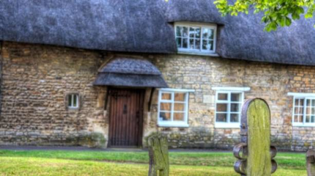 Thatched Cottage , Market Overton with Stocks