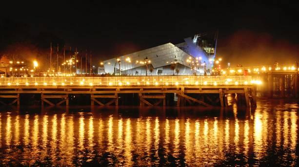 Hull Marina at night